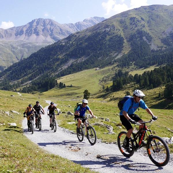Bike & Yoga mit Trailholidays Mountainbikereisen