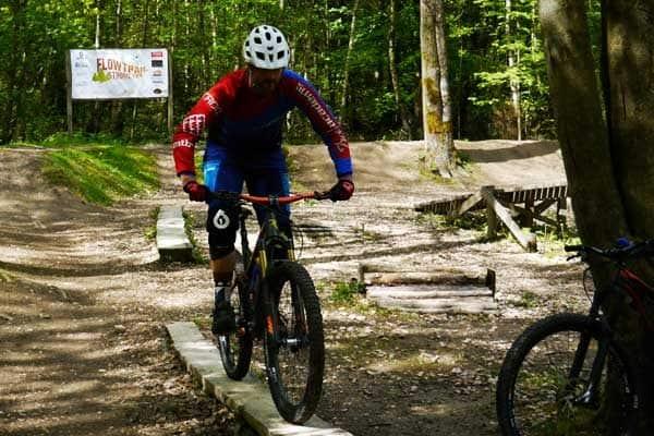 MTB und Fahrrad Fahrtechnik in Köln, Bonn, Eifel & NRW- Kurse für Anfänger und Beginner, Mountainbike Touren fahrer. Hier kann man biken lernen