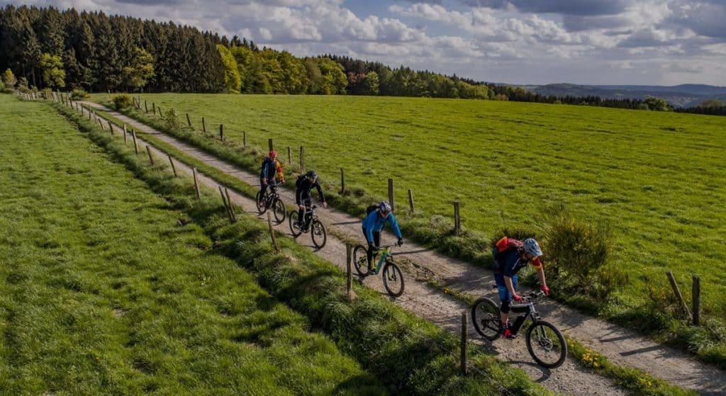 Mountainbike Fahrtechnik Kurse & Trainings mit der Trailacademy MTB Schule